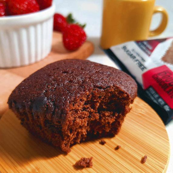Muffin Fit sem açúcar, sabor double chocolate, da Belive