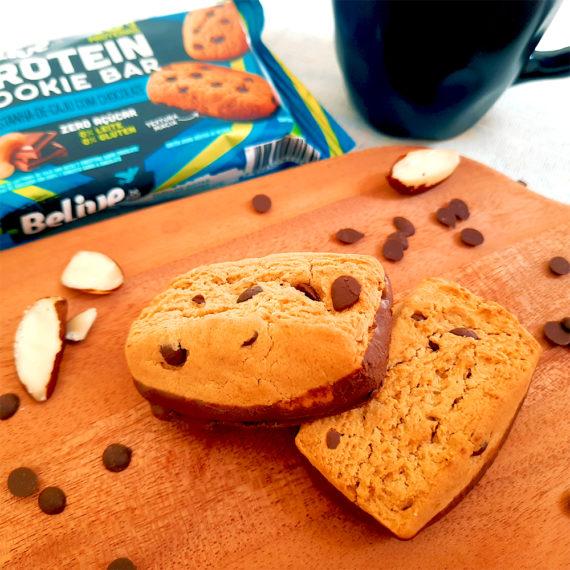 Cookies proteicos da Belive, com gotas de chocolate