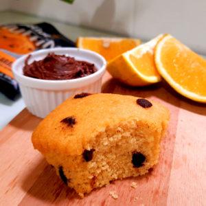 Muffin Fit de Laranja com gotas de chocolate amargo Belive