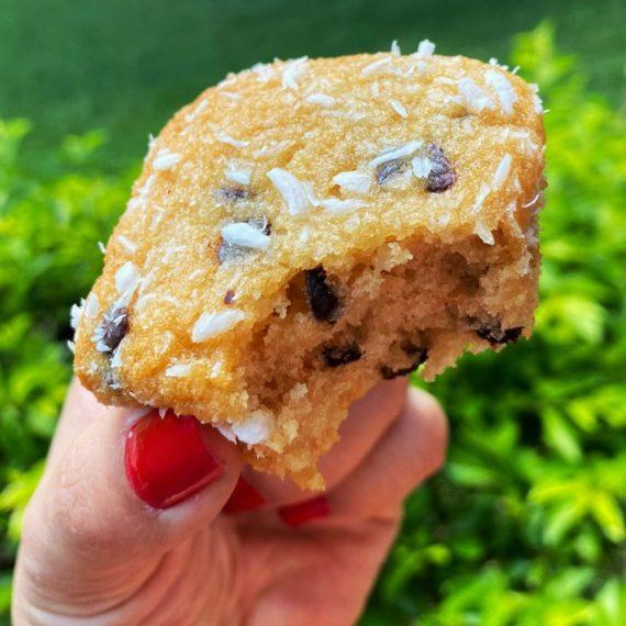 muffin coco com gotas de chocolate sem açúcar belive